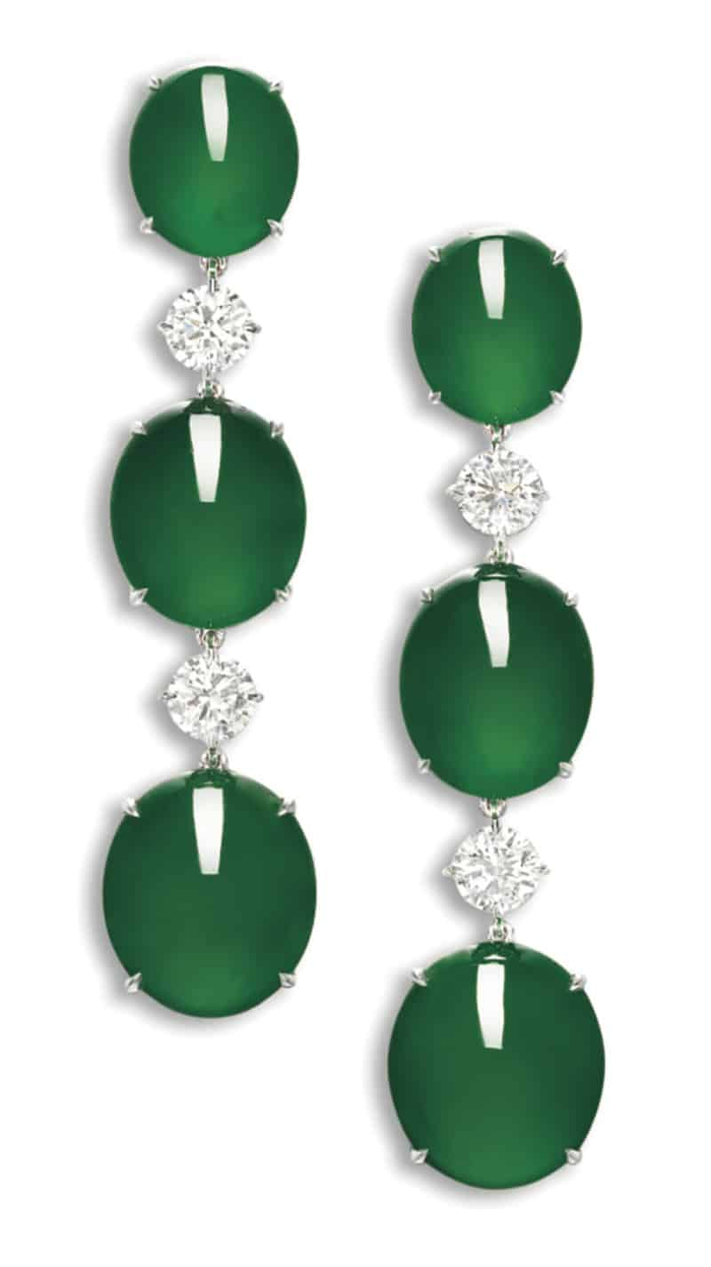 LOT 1861 - AN IMPORTANT PAIR OF JADEITE AND DIAMOND PENDENT EARRINGS