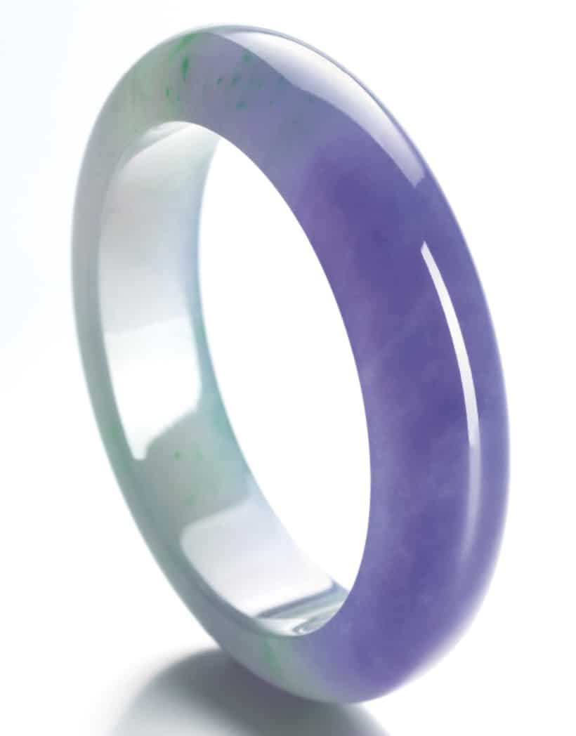 LOT 1739 - ANOTHER VIEW OF THE VERY FINE JADEITE BANGLE
