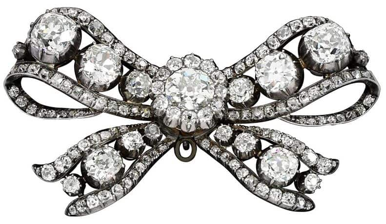 DIAMOND BOW BROOCH FROM 18TH CENTURY