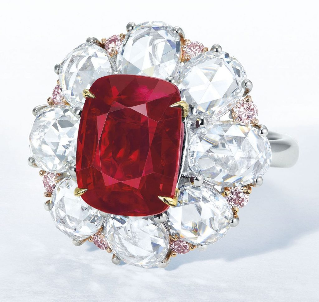 LOT 1944 - IMPORTANT RUBY AND DIAMOND RING
