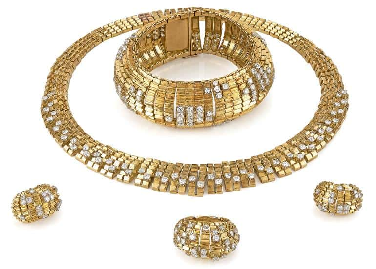 Lot 18 - A Sutie of Diamond & 18K Gold Jewellery by LaCloche, Circa 1950