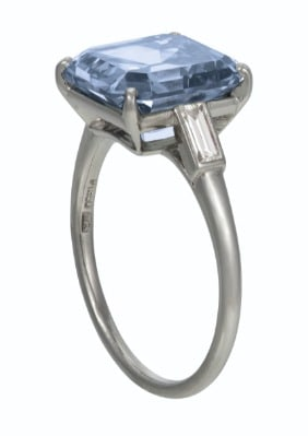 A RARE COLORED DIAMOND RING