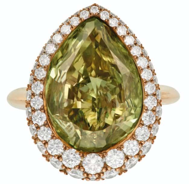 LOT 80 – COLORED DIAMOND AND DIAMOND RING